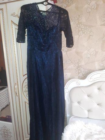 Платье 46-48 размера