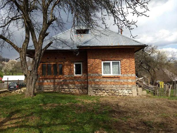 Casa + teren comuna Nucsoara