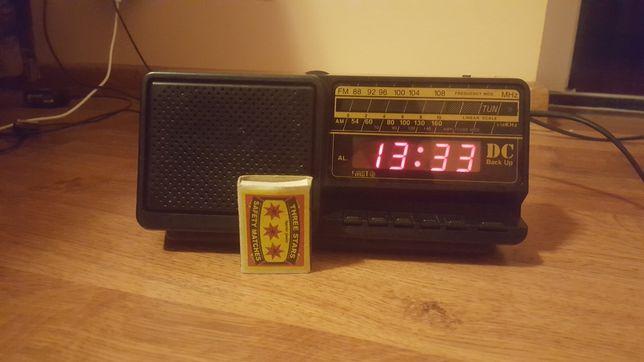 Radio cu Ceas și led