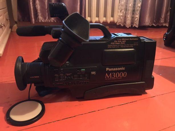 Видеокамера Panasonic M-3000