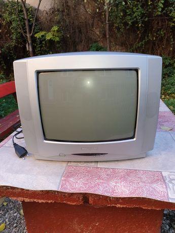 Televizor Hyundai 36 CM , 30 W