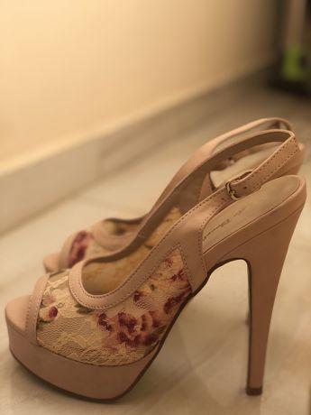 Летни обувки на ток
