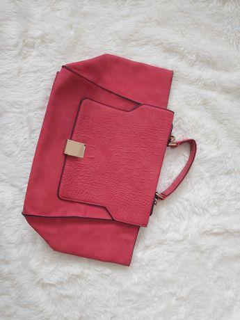 Страхотна дамска  чанта
