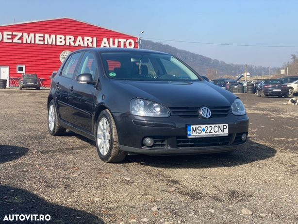Volkswagen Golf 2.0 TDI, BMM. Acum si in rate, fara avans !
