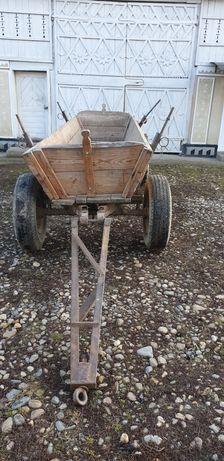 Vand straf dupa tractor