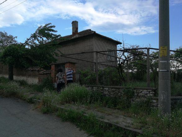 къща в село Светлина,Тополовград,обл.Хасково
