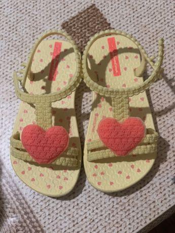 Детски сандали Ипанема