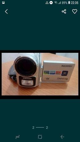 Продам видеокамеру 10000тг.