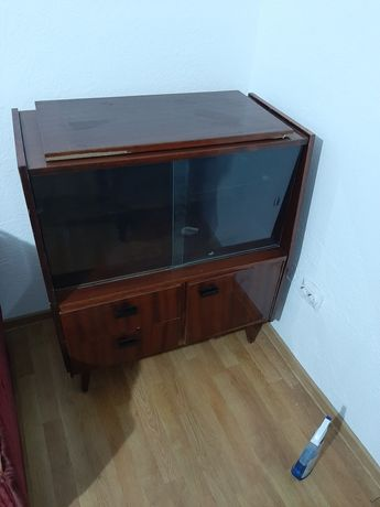Donez mobila veche Noptieră, Comodă, Șifonier