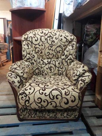 Два кресла производства Италия