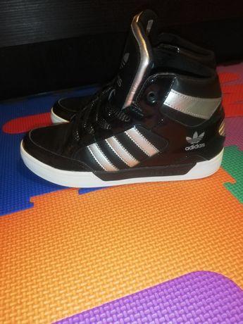 Vând Ghete Adidas