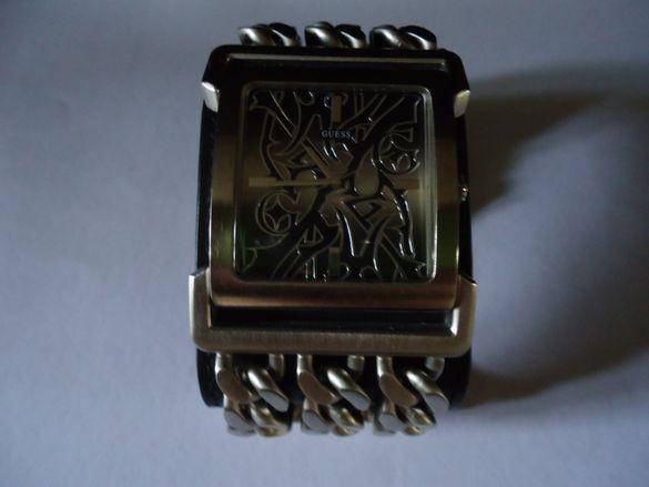 Часовник GUESS