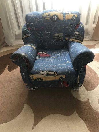 Продам детское кресло .