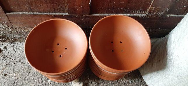 Cuibare porumbei ceramica
