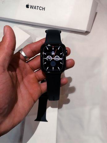 Срочно Apple Watch SE 44