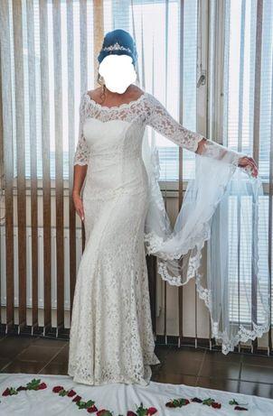 Сватбена рокля + подарък обувки и чанта