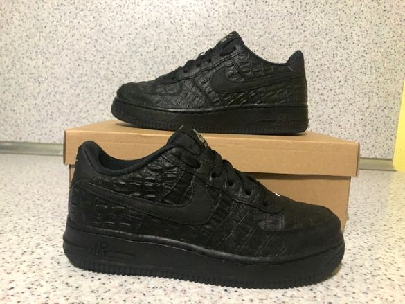 ОРИГИНАЛНИ *** Nike Air Force 1 Low LV8 Leather / Suprime Black