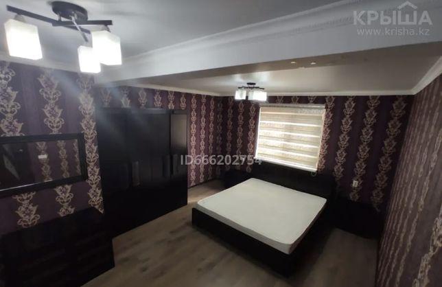 Спальный гарнитур из дуба ( спальня , кровать , шкаф , зеркало , тумбы