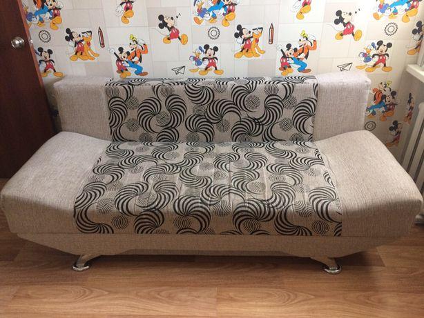 Продам диван-тахта в хорошем состояний за 70000 тг,р-н КШТ