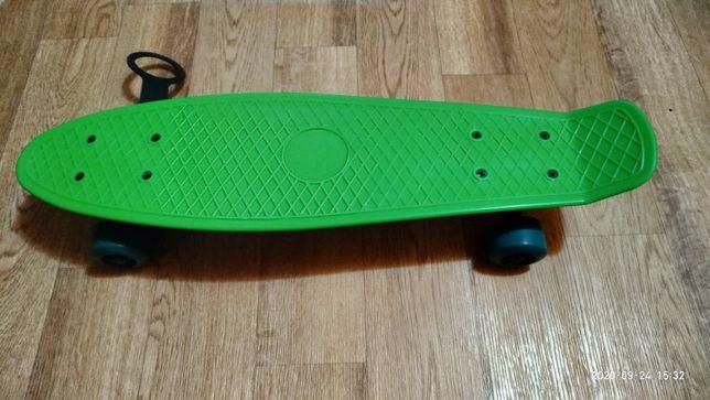 Скейт в идеальном состоянии,  почти новый