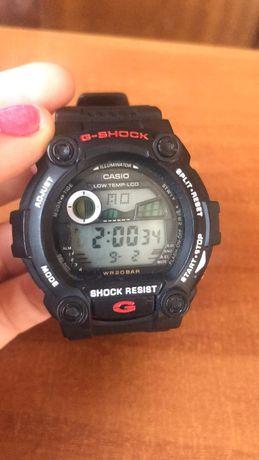 Продавам часовник G-Shock