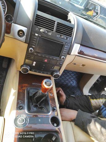 VW Touareg 2.5 TDI 174 ks на части