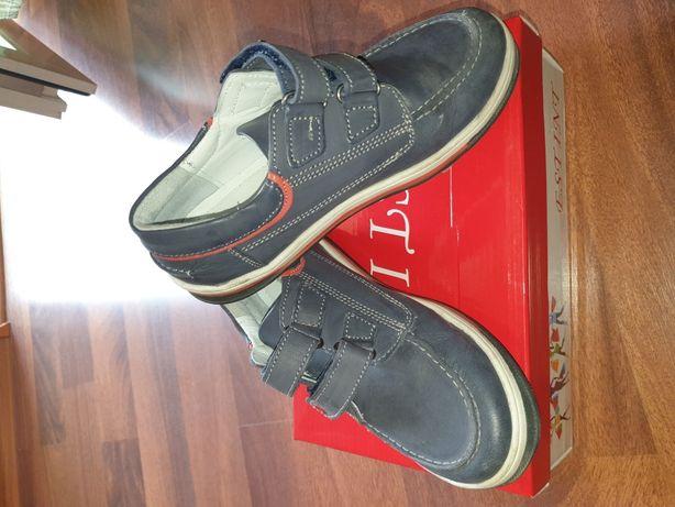 Pantofi lasoscki