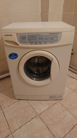 Продам стиральную машину самсунг