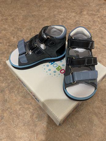 Продам новые ортопедические сандали