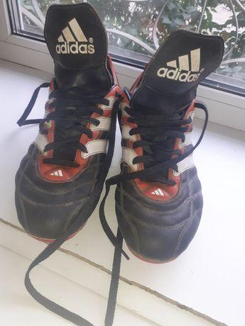 """Бутсы """"adidas"""" 20000 оригинал."""