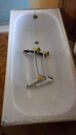 Продам ванну б/у