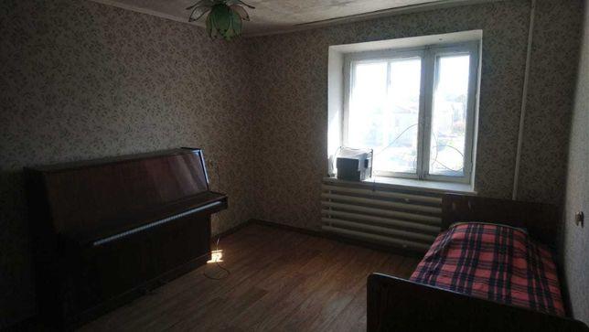 Продам двухкомнатную квартиру в малосемейке