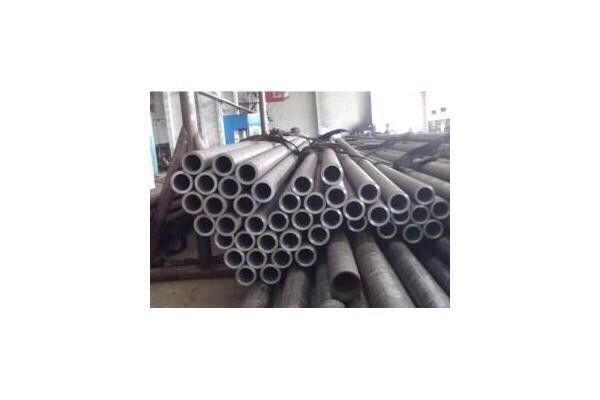 Труба бесшовная и сварная (стальная, металл) толстостенная Трубы отопл Петропавловск - изображение 1