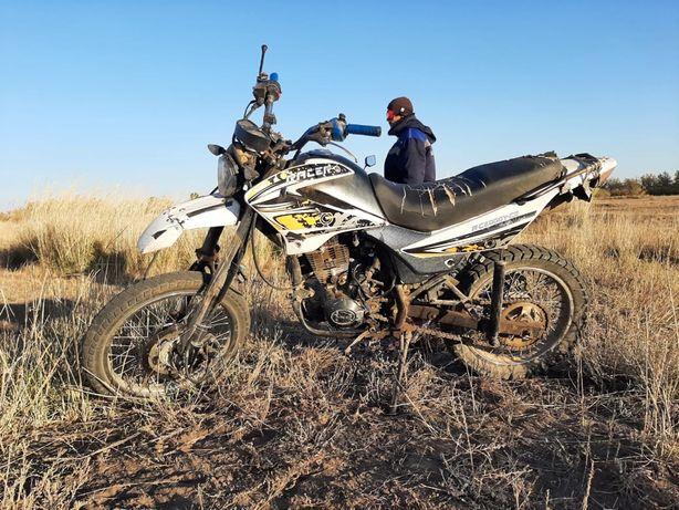 Мотоцикл рейсер 200