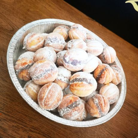 Dulciuri românești și grecesti făcute la comanda
