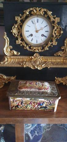 Porțelan Capodimonte , caseta cu capac antic autentica