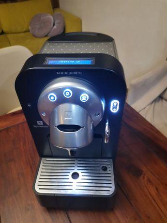 Професионална роботизирана кафе машина