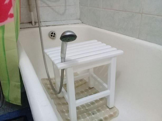 Стул в ванную и в душевую