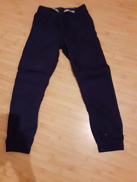 Pantaloni băieți masura 152