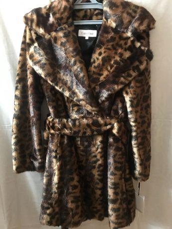 Продам модную леопардовую шубку Кельвин Кляйн