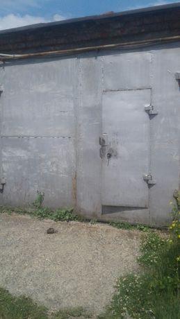 Гараж Суворова 47/1 пгск иртыш большой удобное расположение рядом тока