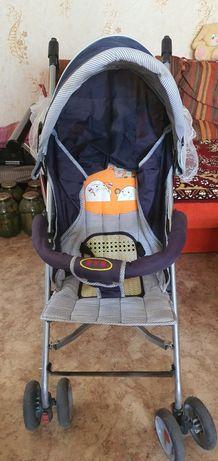Продам летнюю облегченную детскую коляску