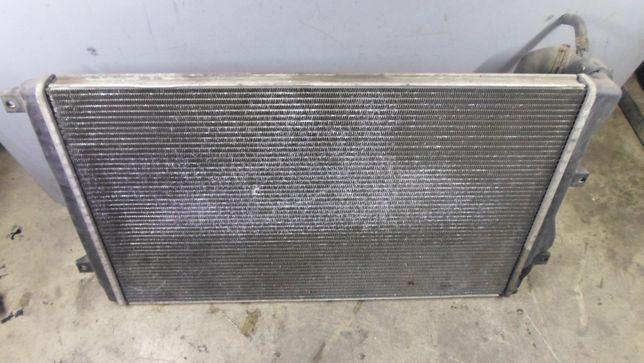 Radiator apa passat b6 cod piesa 1k0 121 253h