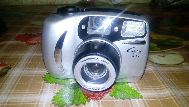 Раритет пленочный фотоопарат Ginfax.