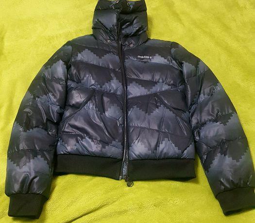 Продается куртка-пуховик adidas