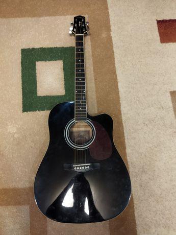 Продам гитару starsun  в отличном состоянии
