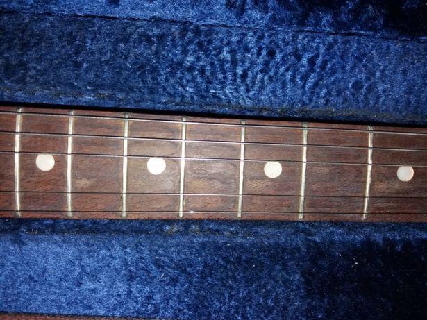 Продам гитару SuperStar