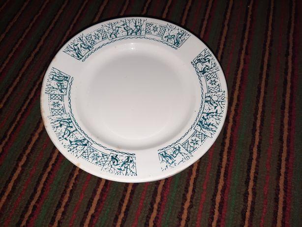 Тарелки под вторые блюда
