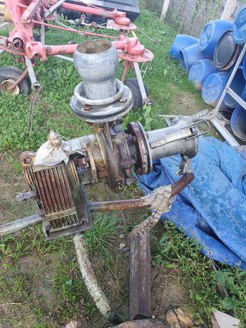 Pompe la cardan de apă