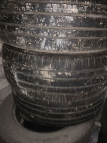 Продам комплект резины pirelli